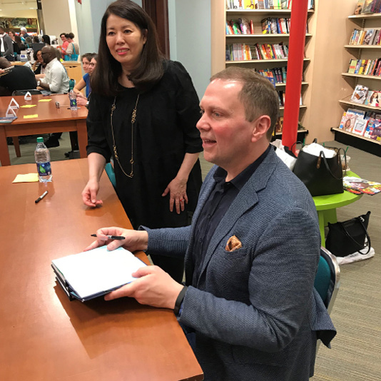 Dav Pilkey was eager to meet his fans, and fans of Captain Underpants, at his book signing.